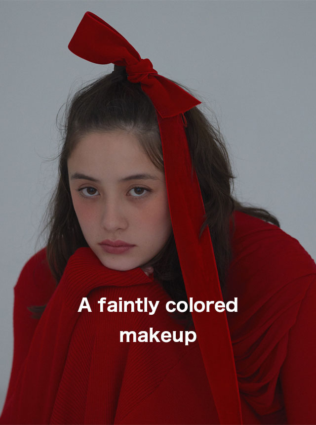 A faintly colored makeup